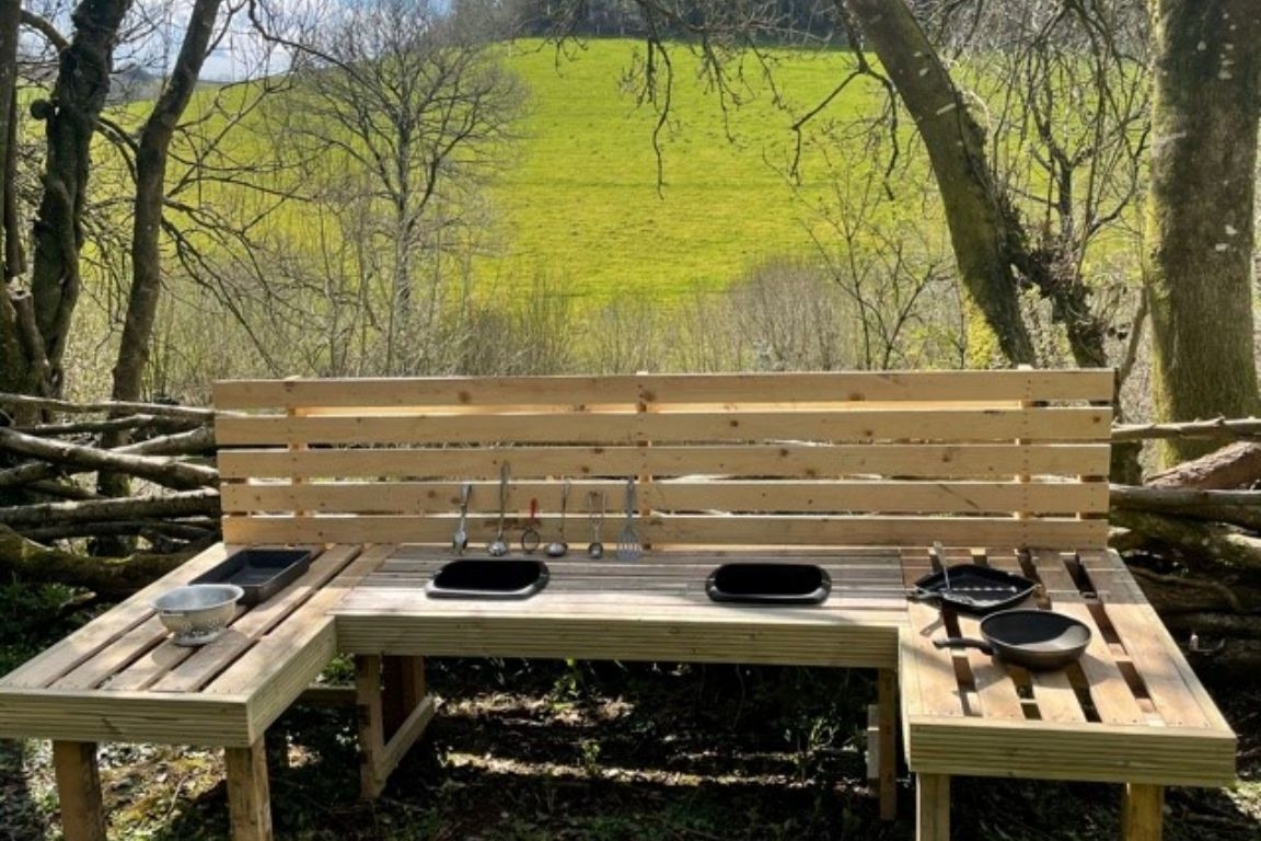 Mud kitchen and den building area